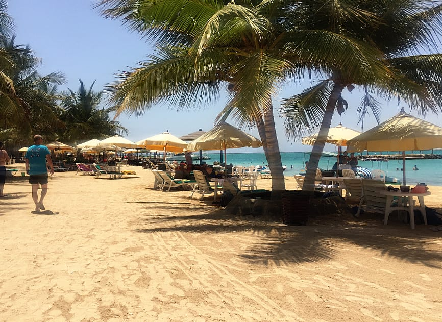 Silver Sands Beach Resort – because there are some places in Saudi Arabia where you can feel like in Europe
